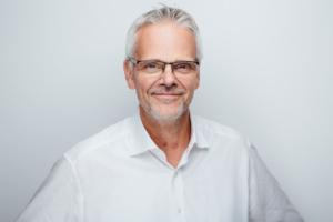 Dirk Lars